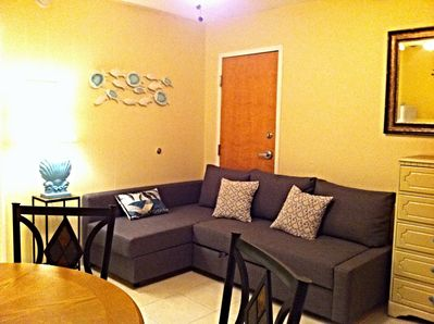 Living area with queen size pull out couch - 307