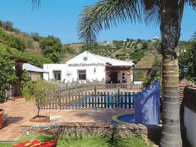Photo for Beautiful villa for six, w/ gated pool, terrace, aircon and modern comforts