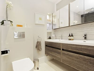 Photo for Modern 2 Bedroom (3 Bed), 2 Bath Home in Quiet Notting Hill Cul-de-Sac (W11)