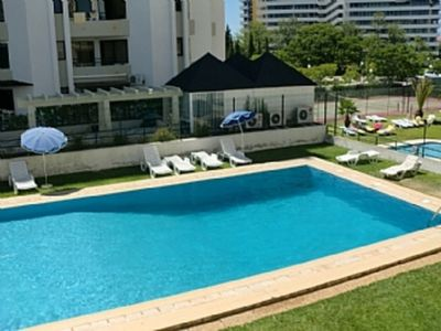 Photo for Renovated 1 Bedroom Apartment Right In The Centre And Near The Beach