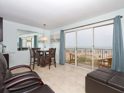 Photo for Luxurious Beachfront Condo with Stunning Views
