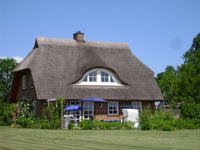 Photo for Half-timbered house with thatched roof, sea view, large property, to 6 persons, fireplace
