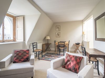 Photo for Trendy London home in Notting Hill - Apartment for 2 people in London