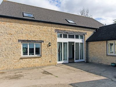 Photo for 5 bedroom Barn in Witney - CC060