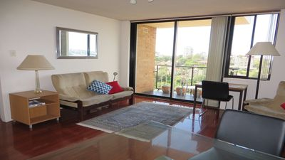 WY704 - Classic Style 1BR With Harbour Bridge Views, Easy CBD Access