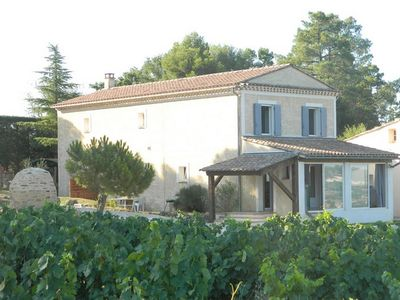 Photo for In Provence, in the middle of the vineyards, facing the Ventoux,