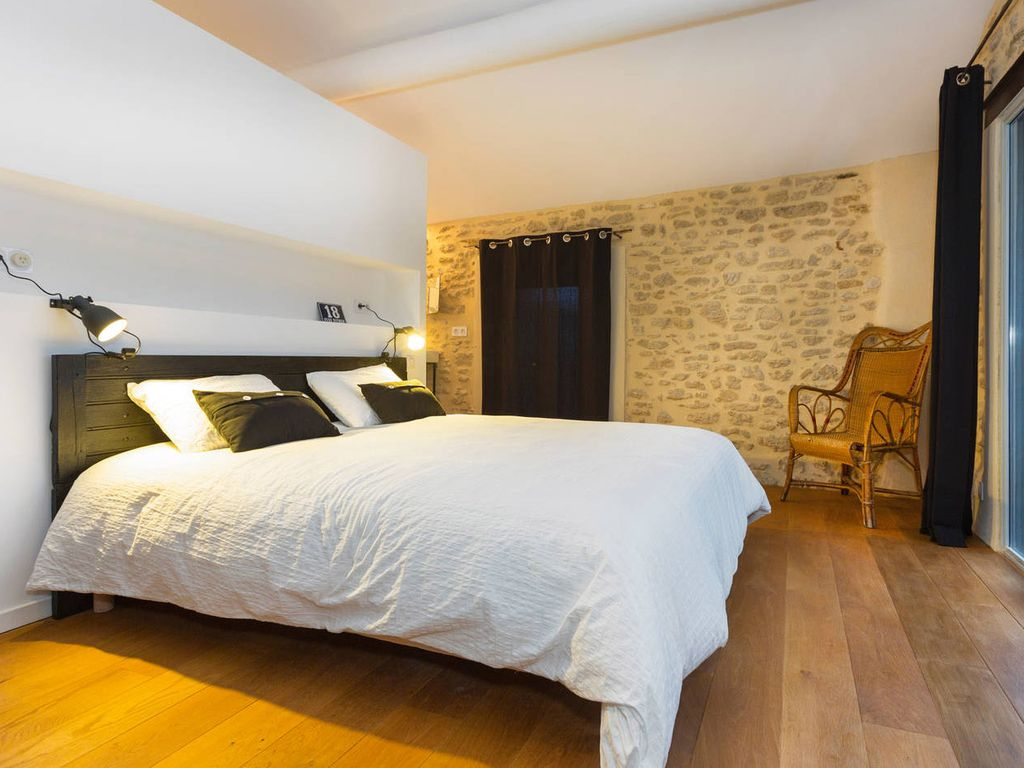 Provence Bedroom Furniture Designer House In Peaceful Provence Homeaway Chacteauneuf Du Pape