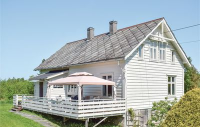 Photo for 5 bedroom accommodation in Tysnes