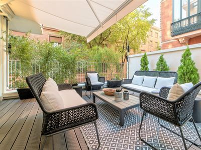 Photo for Luxurious home in the best area of Madrid, next to the Royal Palace.