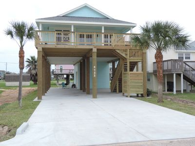 """Photo for """"New Construction"""" Surf Beach Retreat - 2 minutes to toes in sand !"""