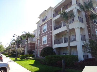 Photo for Orlando Luxury Apartment with Lake View / 5 min from Universal Studios