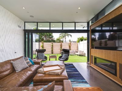 Photo for Brand New Modern Home -- walk to Canals, Abbot Kinney, or the Marina!