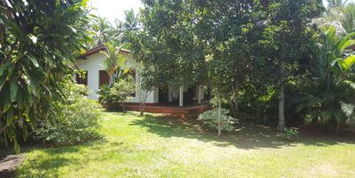 90m 'holiday home for rent, with large terrace in Beruwela Moragalla.