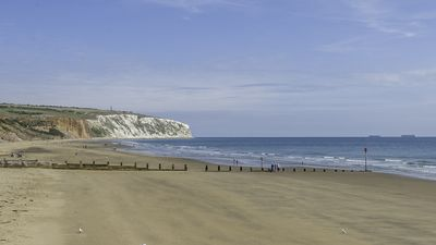 Photo for Sandown Bay Retreat, 2 Bedrooms, Great Location For A Holiday Close To Beach