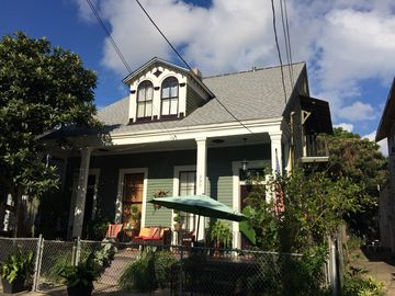 1850s Creole Cottage Completely Renovated in Algiers Point, LA