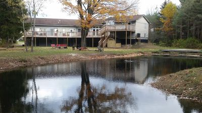 Photo for Paradise Cove Main 5 Br / 2 Baths ~ Sleeps Up To 24 ~ Pond, WIFI, Central AC