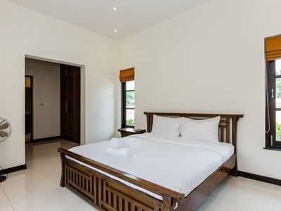 Photo for 3 Bedroom Pool Villa In Banyan Residence (3B97)