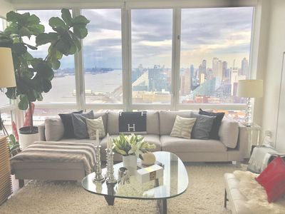Photo for Luxury  River Vue w/ Private Outdoor Terrace