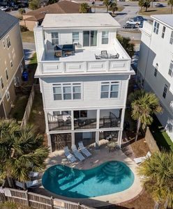 Photo for 'Beach Daze'~ ELEVATOR, PRIVATE POOL, ROOF TOP WITH OCEAN VIEWS