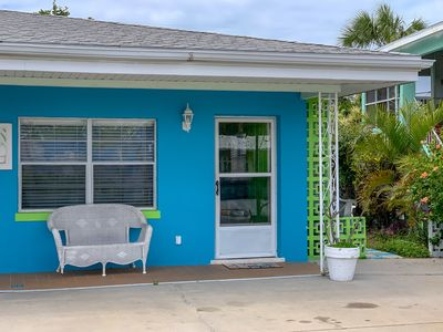 Photo for BEACH ESCAPE 1BR 2blocks to beach 31% off monthly 15% off weekly