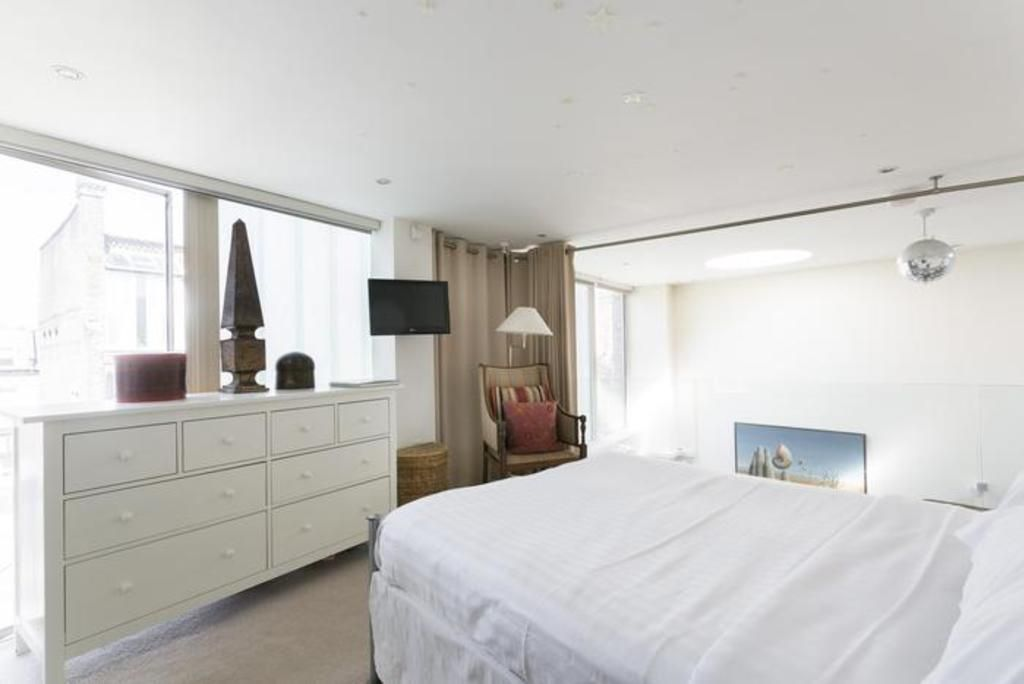 London Home 493, Enjoy a Holiday of a Lifetime Renting Your Own Private London Home - Studio Villa, Sleeps 2