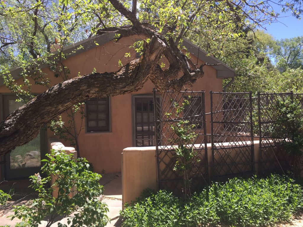 enchanting casita on upper canyon road in t