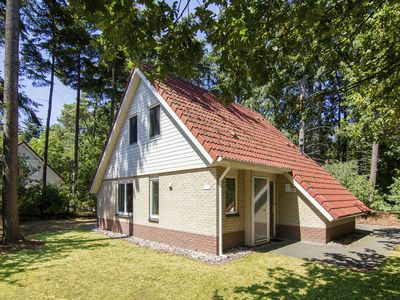 Photo for 6-person bungalow in the holiday park Landal De Vlegge - on the water/recreation lake
