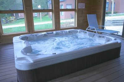 great hot tub in the amenity building