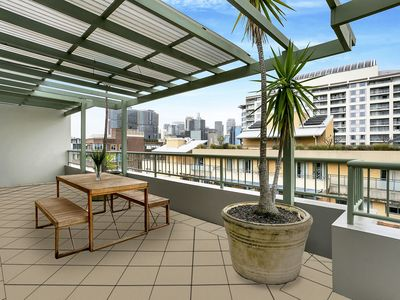 Photo for HWD89 - Darling Harbourside Huge Apartment, 2 Bedroom 2 Balconies plus Parking