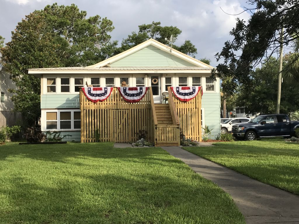 Very Desirable Mid Island House W Large Y Vrbo