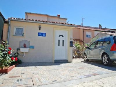 Photo for Holiday apartment Pula for 2 - 3 persons - Holiday apartment