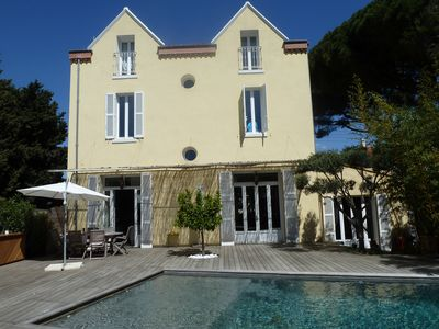 Photo for In the heart of Mourillon, stunning 300 sq.m mansion with pool and sea view