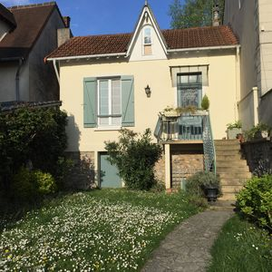 Photo for Marne charming waterfront home with garden between Paris and Disneyland