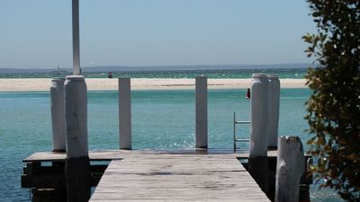 Photo for 'BY THE SEA' Waterfront Accommodation Huskisson *cruise discount vouchers*