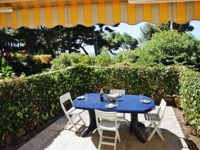 Photo for Holiday flat, Bandol  in Var - 4 persons, 2 bedrooms