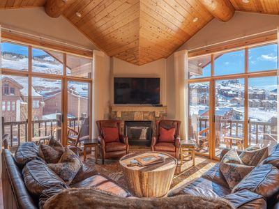 Photo for Stunning Penthouse in Mt. Crested Butte #19-33