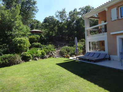 Photo for Cannes Luxury Garden Villa with Sun&Pool, Jacuzzi in the Garden