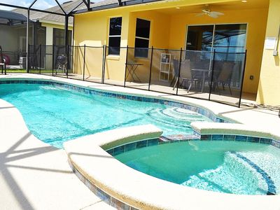 Photo for Contemporary 4 bedrooms home with pool and spa in gated community near Disney and Legoland