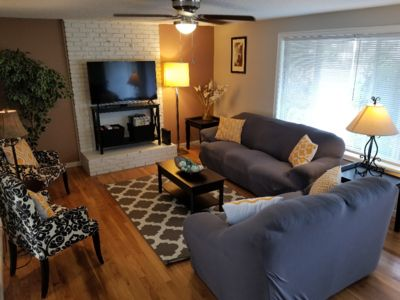 Photo for Minutes to Airport, Waterfront, & Downtown Sleeps 6