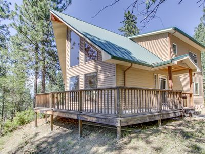 Photo for Gorgeous home close to the scenic Spokane River w/ dog-friendly accommodations