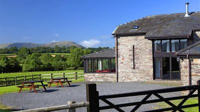 Photo for Beacons Lodge - Five Bedroom House, Sleeps 10