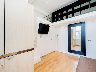 Photo for 24/43 Stunning Studio in Notting Hill