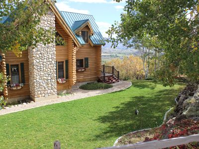Photo for Beautiful cabin above Midway. Private, peaceful setting