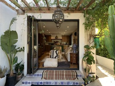 Photo for Stunning Renovated Oasis in Trendy Silver Lake!