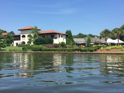 Photo for Gorgeous lakefront vacation villa in Cuscowilla!