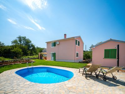 Photo for This 3-bedroom villa for up to 6 guests is located in Groznjan and has a private swimming pool, air-