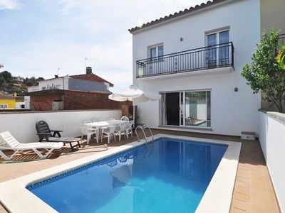 Photo for House with private pool for 8 people in L'Escala