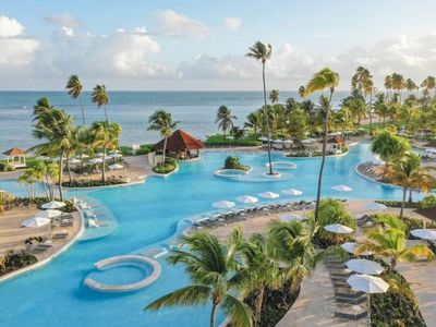 Photo for Ocean Front Junior King Suite, Pool, Beach Access