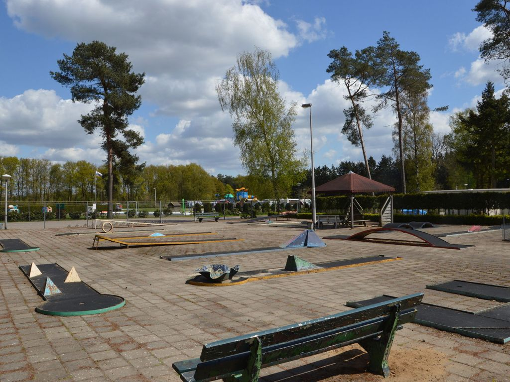 luxury chalet at a child friendly park with many facilities and pool
