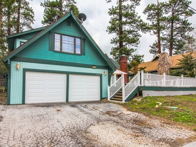 Photo for Open and spacious home w/ game room, close to the lake!